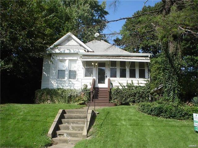 924 Tremont, Alton, IL 62002 (#18014077) :: Clarity Street Realty