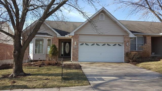 2953 Twin Ridge, Saint Charles, MO 63301 (#18014107) :: Clarity Street Realty