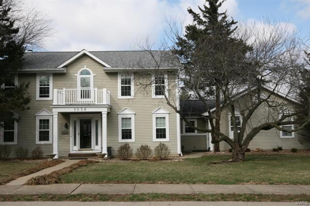1038 Edgewood Drive, O'Fallon, IL 62269 (#18014929) :: Clarity Street Realty