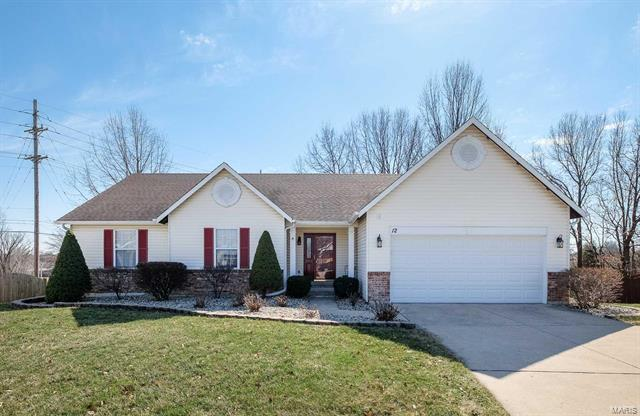 12 Bryan Valley Court, O'Fallon, MO 63366 (#18015095) :: The Kathy Helbig Group