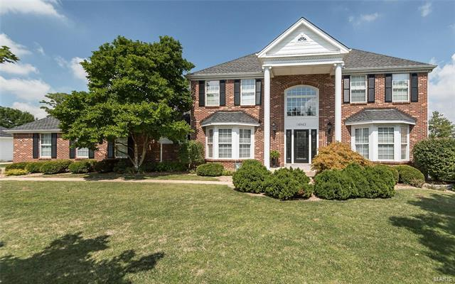 14943 Straub Hill Lane, Chesterfield, MO 63017 (#18015181) :: Clarity Street Realty