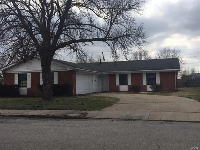 1624 Central Avenue, East St Louis, IL 62207 (#18015558) :: Fusion Realty, LLC