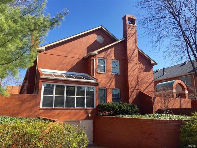 4525 Laclede Avenue #10, St Louis, MO 63108 (#18015570) :: Sue Martin Team