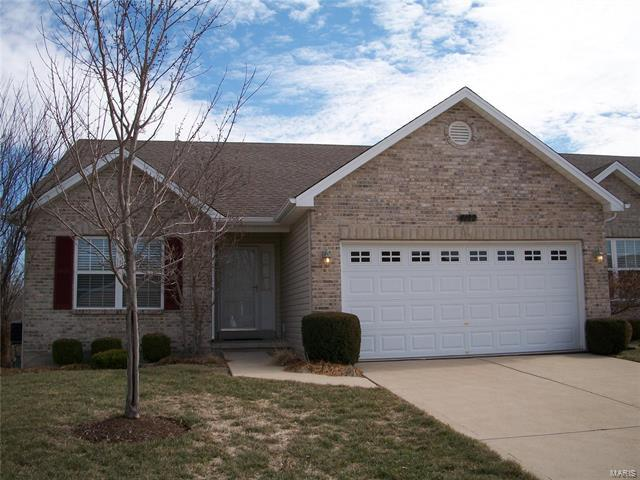 4122 Cripple Creek Court, Wentzville, MO 63385 (#18015726) :: Sue Martin Team