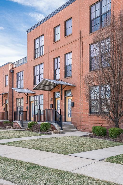 462 N Boyle Avenue, St Louis, MO 63108 (#18017322) :: Clarity Street Realty