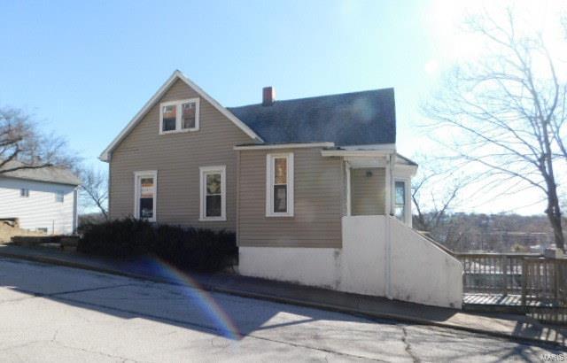 217 S 2nd Street, De Soto, MO 63020 (#18018100) :: Sue Martin Team