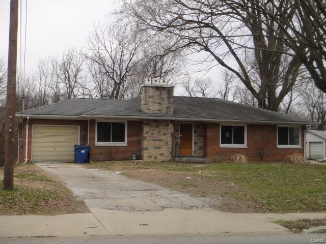 2233 Brown Street, Alton, IL 62002 (#18022294) :: RE/MAX Vision