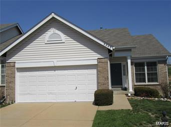 3243 Country Hollow Drive, Oakville, MO 63129 (#18029324) :: PalmerHouse Properties LLC