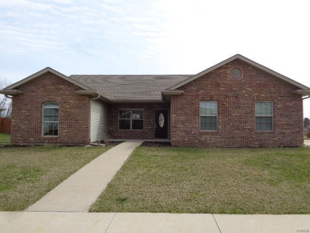 4114 E Doe Creek, Columbia, MO 65202 (#18029688) :: Holden Realty Group - RE/MAX Preferred
