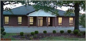 1060 Country Club Road, Saint Charles, MO 63303 (#18032128) :: St. Louis Realty