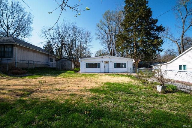 5610 Staely Avenue, St Louis, MO 63123 (#18032171) :: Clarity Street Realty