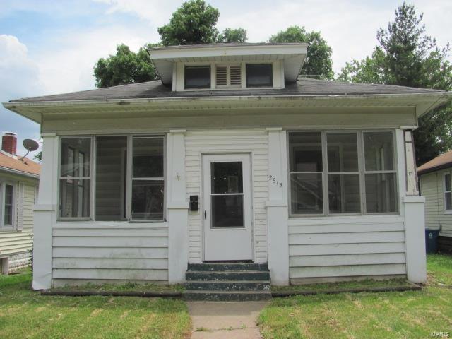 2615 Sanford Avenue, Alton, IL 62002 (#18041708) :: St. Louis Finest Homes Realty Group