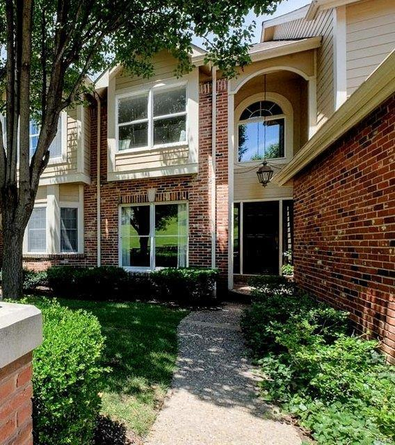 14627 Mallard Lake Drive, Chesterfield, MO 63017 (#18041933) :: PalmerHouse Properties LLC