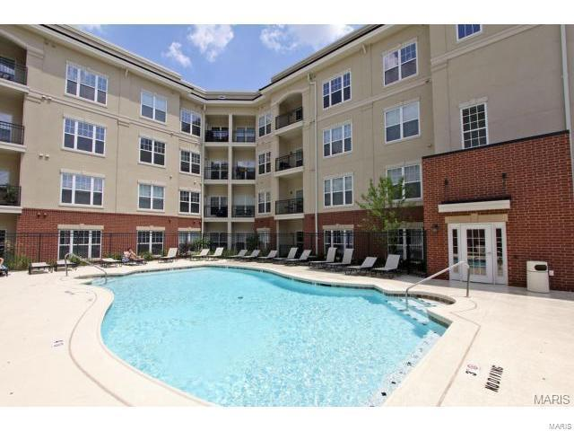 1251 Strassner Drive #2103, Brentwood, MO 63144 (#18051735) :: Clarity Street Realty