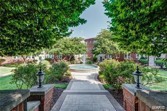 7745 Kingsbury Boulevard #12, St Louis, MO 63105 (#18052757) :: St. Louis Finest Homes Realty Group