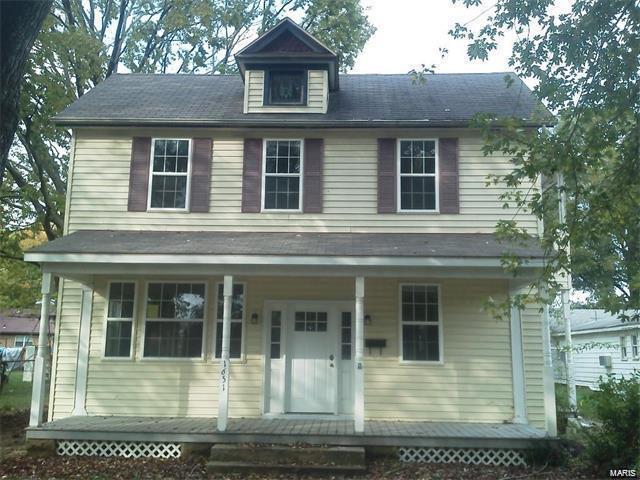1651 Franklin Street, CARLYLE, IL 62231 (#18052980) :: Fusion Realty, LLC