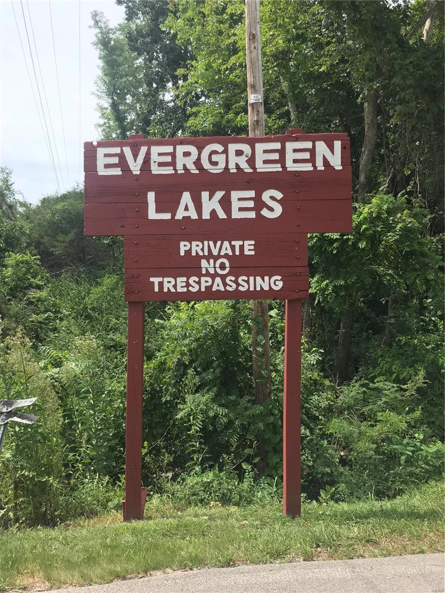 3537 Evergreen - Photo 1