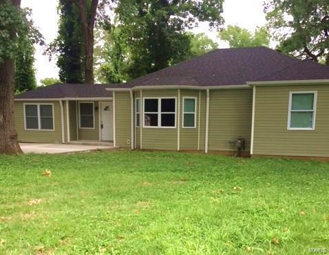 11 Carson Drive, Belleville, IL 62223 (#18059035) :: Holden Realty Group - RE/MAX Preferred