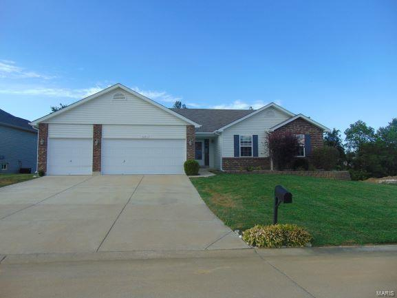 820 Glen Eagle Drive, Troy, MO 63379 (#18059266) :: Holden Realty Group - RE/MAX Preferred