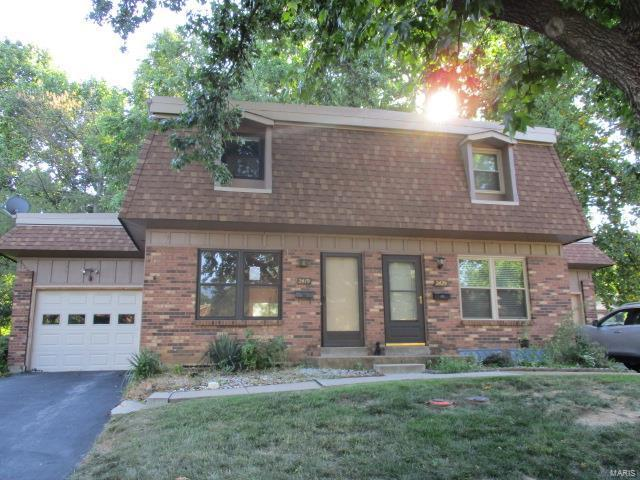 2419 Dordogne Drive, Maryland Heights, MO 63043 (#18059370) :: RE/MAX Vision
