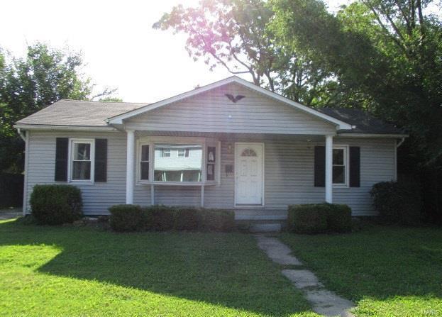 2932 Warren Avenue, Granite City, IL 62040 (#18059546) :: RE/MAX Vision