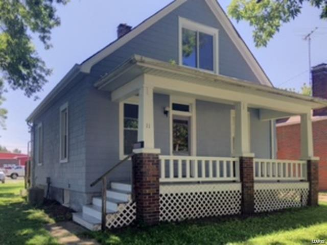 11 N Michigan Avenue, Belleville, IL 62221 (#18064921) :: Holden Realty Group - RE/MAX Preferred