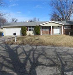 2704 Mayer Drive, Saint Charles, MO 63301 (#18072626) :: Clarity Street Realty