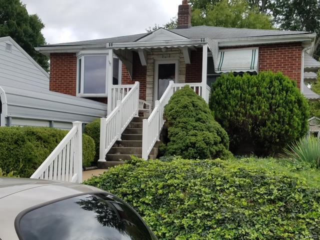 312 Carthage Avenue, St Louis, MO 63125 (#18073315) :: Walker Real Estate Team
