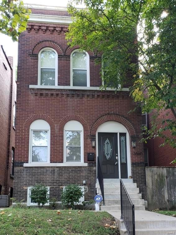 3860 Wyoming, St Louis, MO 63116 (#18074684) :: PalmerHouse Properties LLC