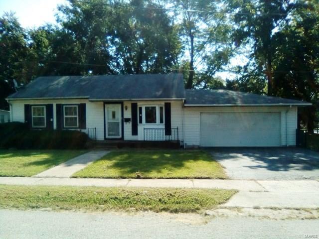 200 Wilson Park Lane, Granite City, IL 62040 (#18080323) :: Fusion Realty, LLC