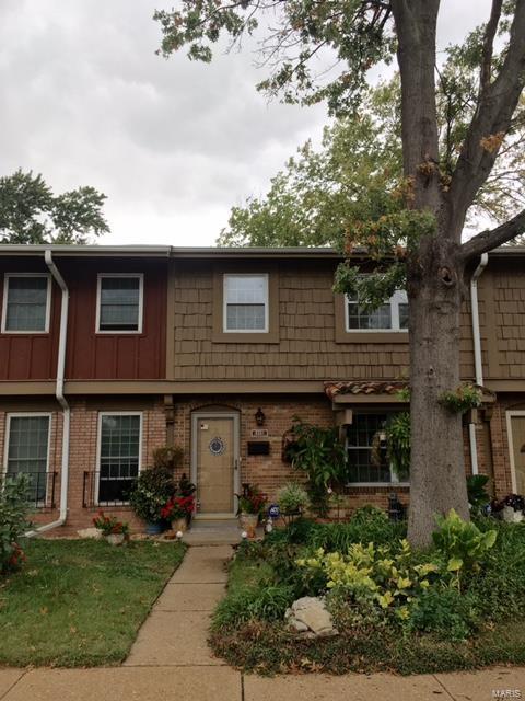 8881 Santa Bella, Hazelwood, MO 63042 (#18081621) :: RE/MAX Professional Realty