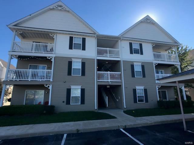 11300 Spring Creek 3A, O'Fallon, MO 63368 (#18083007) :: The Becky O'Neill Power Home Selling Team