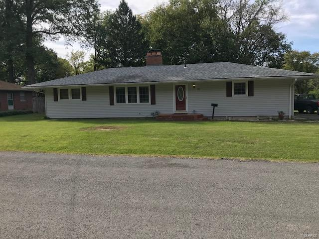 112 Linwood Drive, Collinsville, IL 62234 (#18084187) :: Holden Realty Group - RE/MAX Preferred