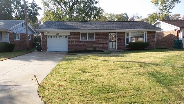 900 Lebon, St Louis, MO 63137 (#18086985) :: Walker Real Estate Team
