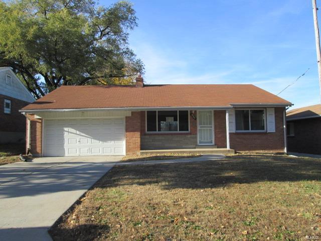 9247 Ranch Meadows Drive, St Louis, MO 63136 (#18088138) :: Walker Real Estate Team