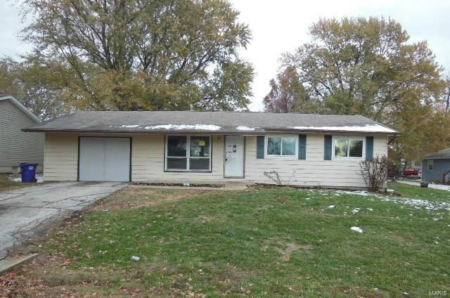 10 S Perry Circle, O'Fallon, MO 63366 (#19003789) :: Kelly Hager Group | TdD Premier Real Estate