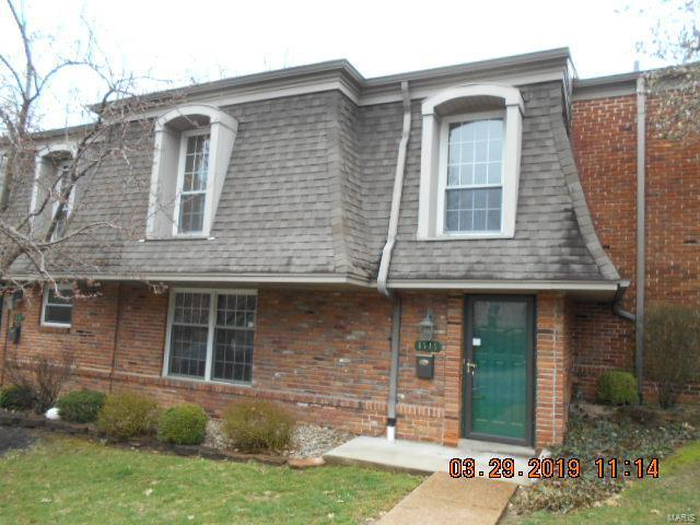 4346 Chateau De Ville Drive, Unincorporated, MO 63129 (#19021869) :: Clarity Street Realty