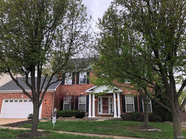 2455 Smizer Mill Estates Drive, Fenton, MO 63026 (#19027925) :: The Becky O'Neill Power Home Selling Team