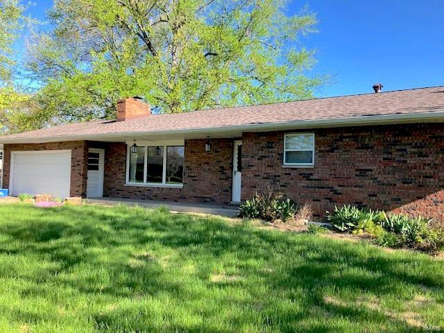 213 Villawood Drive, Collinsville, IL 62234 (#19028089) :: Holden Realty Group - RE/MAX Preferred