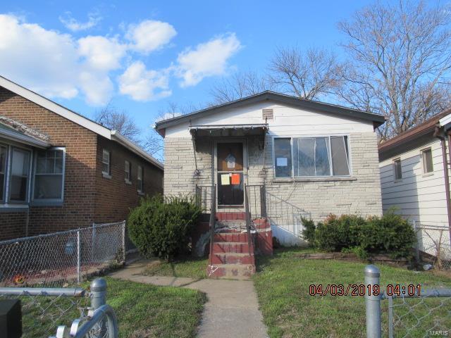 5921 Sherry Avenue, St Louis, MO 63136 (#19028413) :: Peter Lu Team