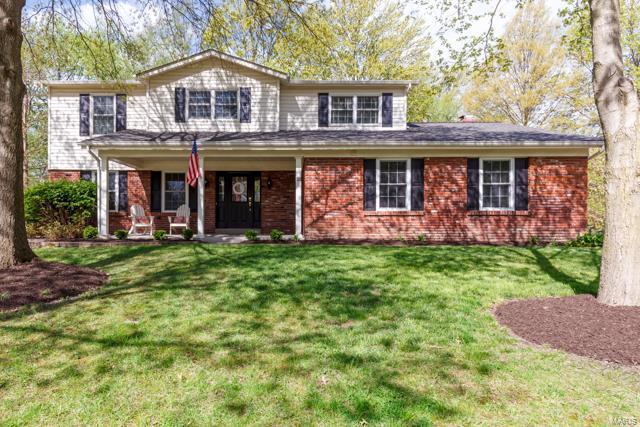 329 Hunters Glen Court, Ellisville, MO 63011 (#19028622) :: The Becky O'Neill Power Home Selling Team