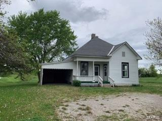 100 N Farrell St, Madison, MO 65263 (#19034654) :: The Becky O'Neill Power Home Selling Team