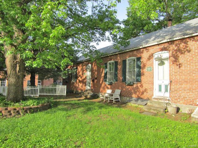 304 Schiller Street, Hermann, MO 65041 (#19035335) :: The Becky O'Neill Power Home Selling Team
