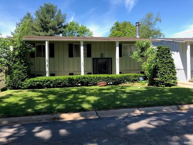 2141 East Drive, Crystal Lake Park, MO 63131 (#19037274) :: Clarity Street Realty
