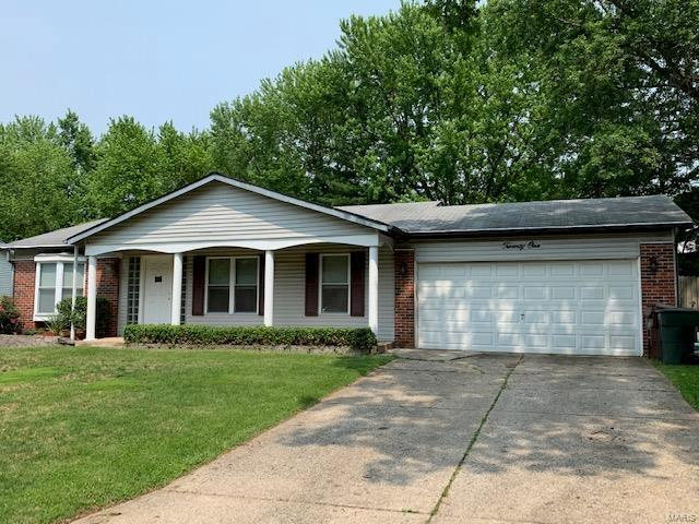 21 Stone Mill Lane, Saint Peters, MO 63376 (#19040112) :: The Kathy Helbig Group