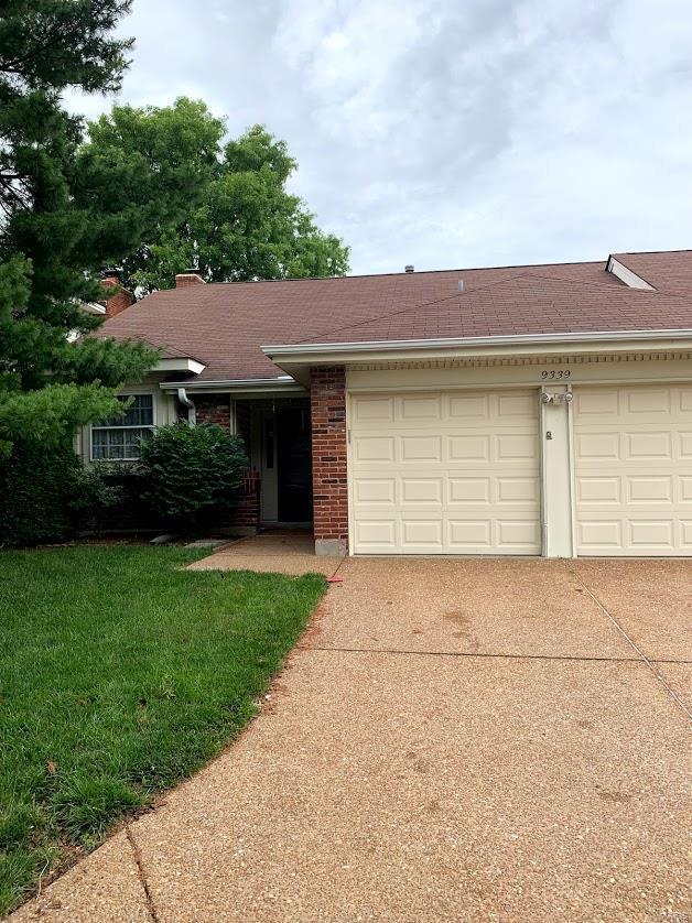9339 Mackenzie Circle, St Louis, MO 63123 (#19044162) :: Walker Real Estate Team