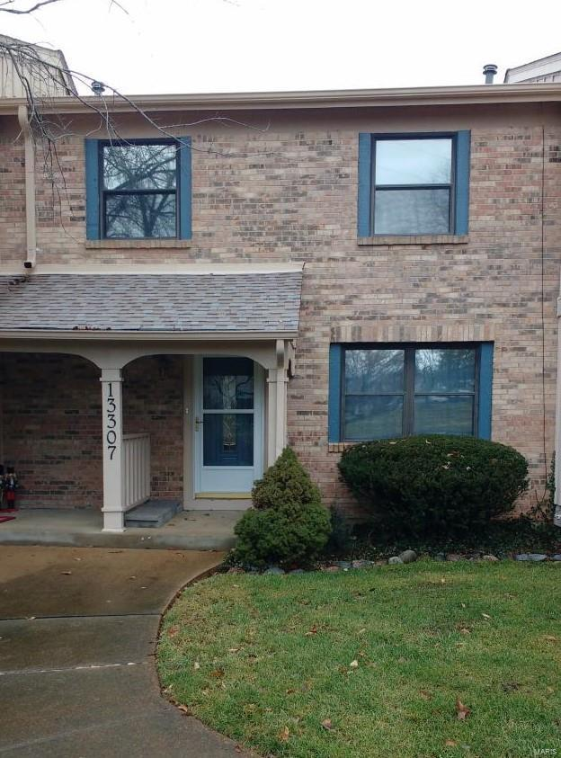 13307 Hiddendale Lane, Ballwin, MO 63021 (#19045924) :: Holden Realty Group - RE/MAX Preferred
