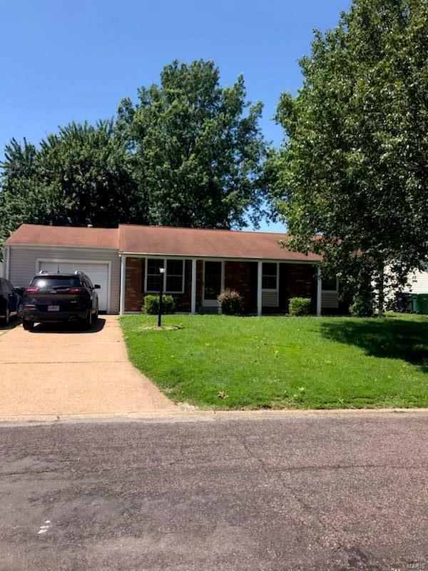 5313 Morningdale, St Louis, MO 63128 (#19048669) :: Kelly Hager Group   TdD Premier Real Estate