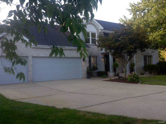 15 11th Fairway Court, Belleville, IL 62220 (#19054861) :: Holden Realty Group - RE/MAX Preferred