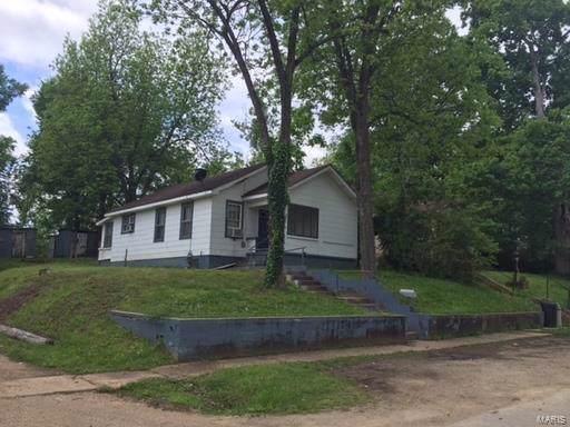 316 Neat, Poplar Bluff, MO 63901 (#19058658) :: Walker Real Estate Team